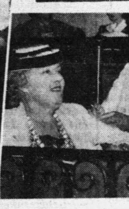 Bowe, Caroline The Miami News Thu 11 Jan 1940 p11.jpg